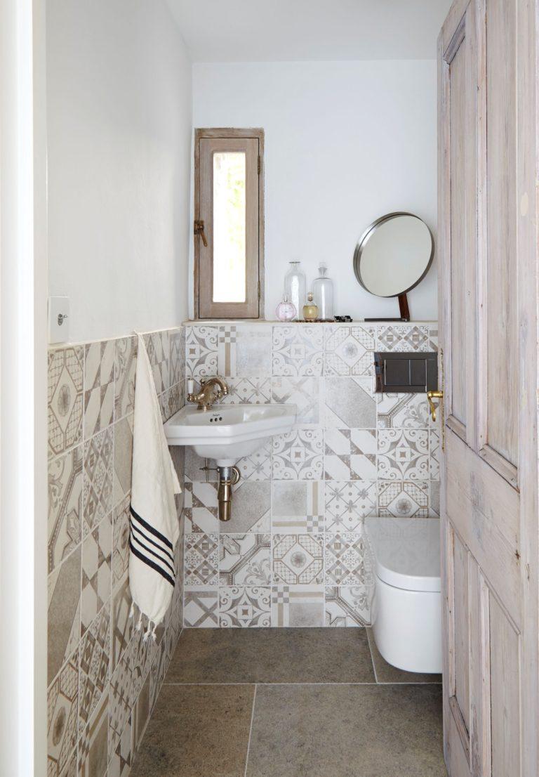 Blenheim Grey Brushed Limestone Floor Tiles Mandarin Stone