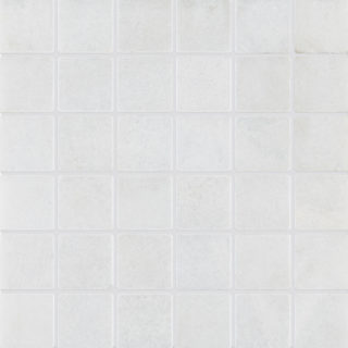 Calacatta Tumbled Mosaic Marble Tile 50mm Swatch