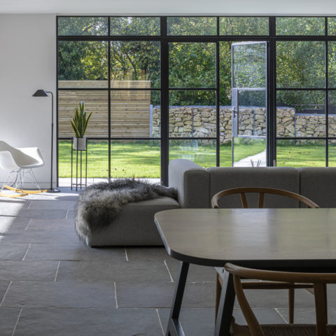 agincourt-grey-tumbled-limestone-floor-tiles-with-sofa