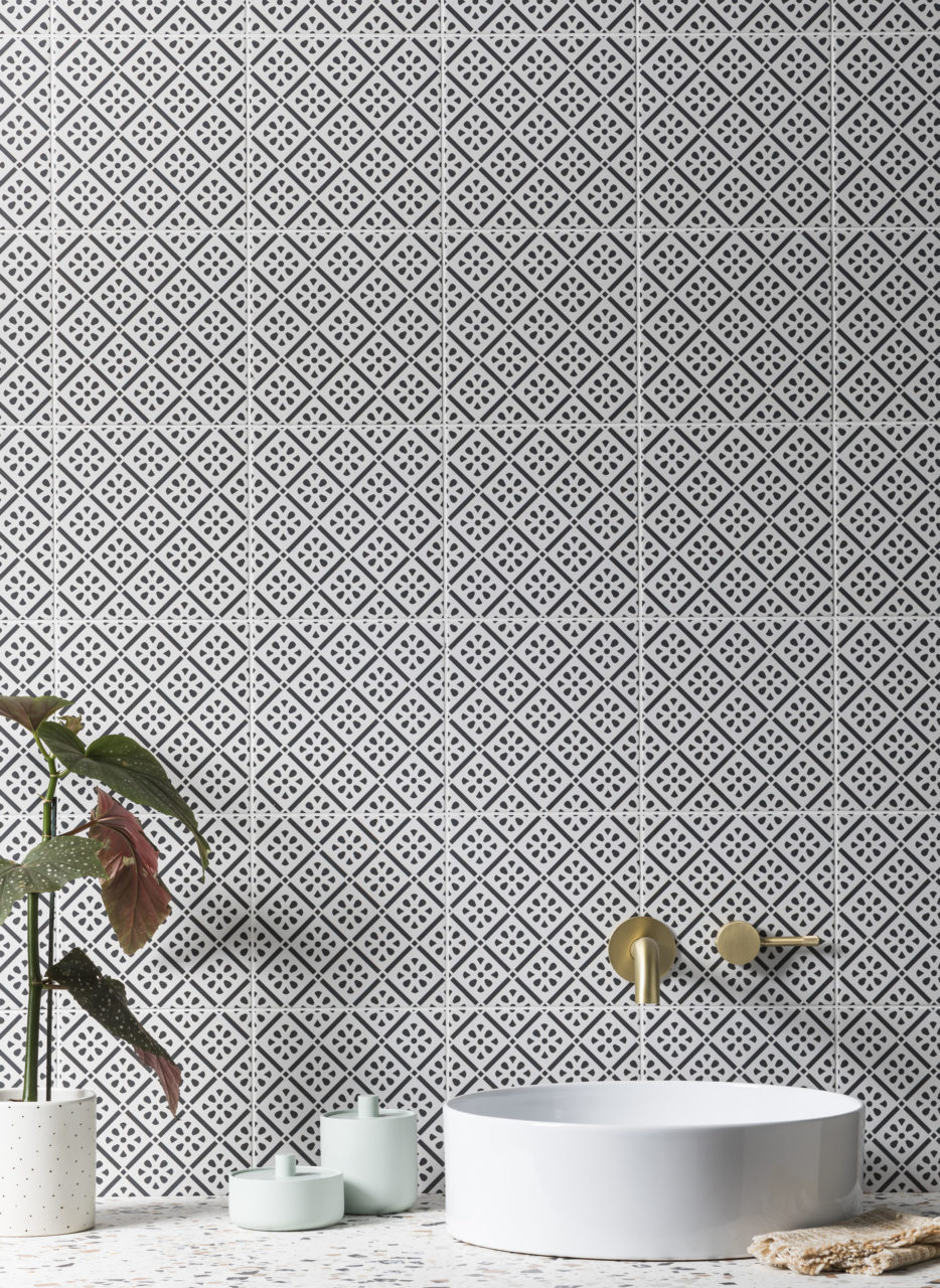 harlequin-décor-8-porcelain-tile