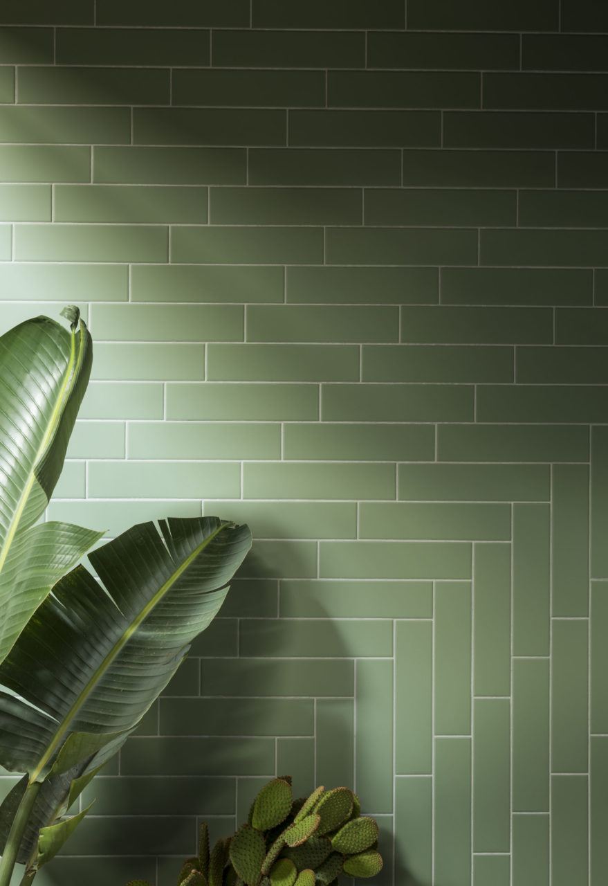 oska-jungle-green-matt-porcelain-tile-with-leaf-plant