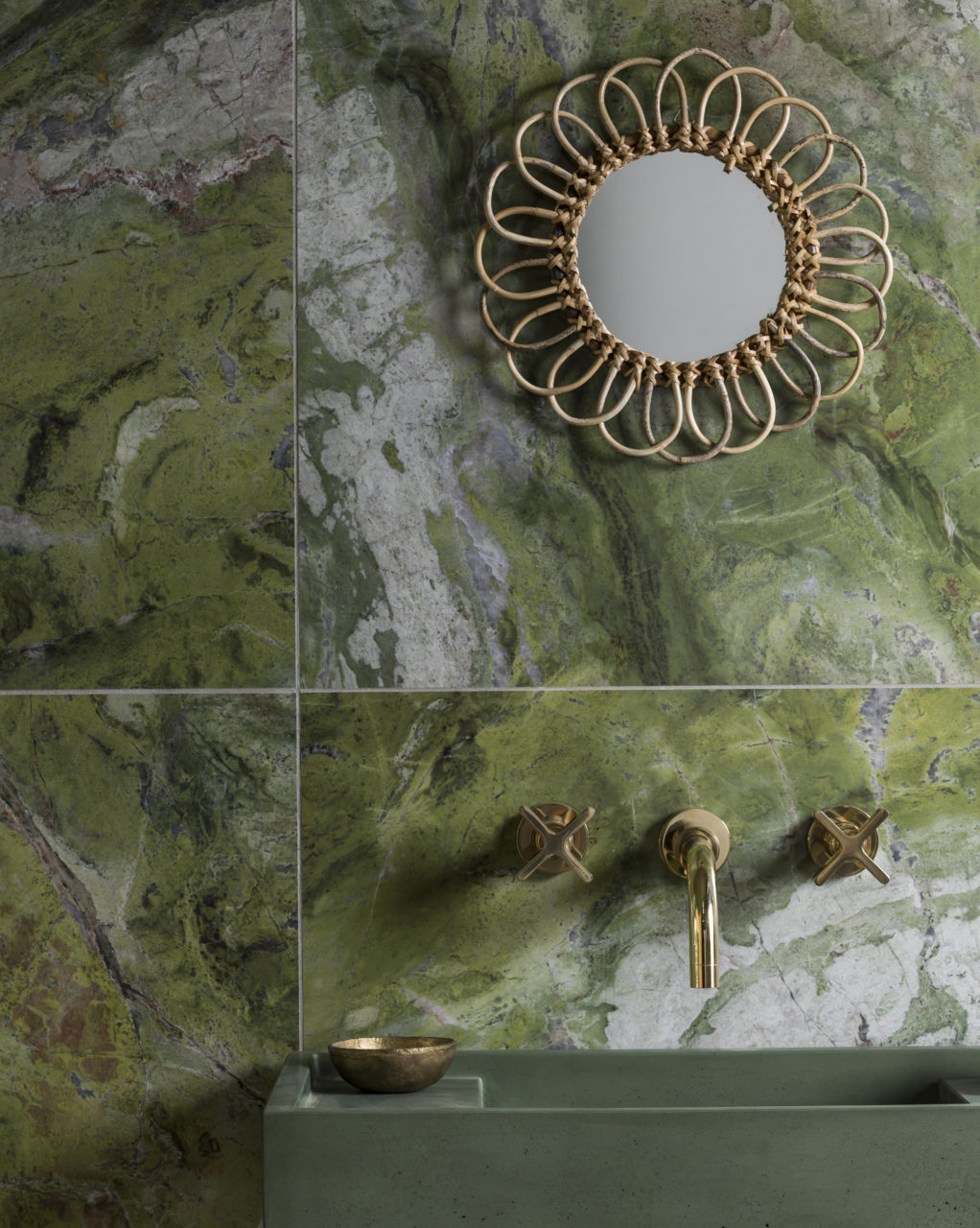 paradise-green-gloss-porcelain-bathroom-tiles
