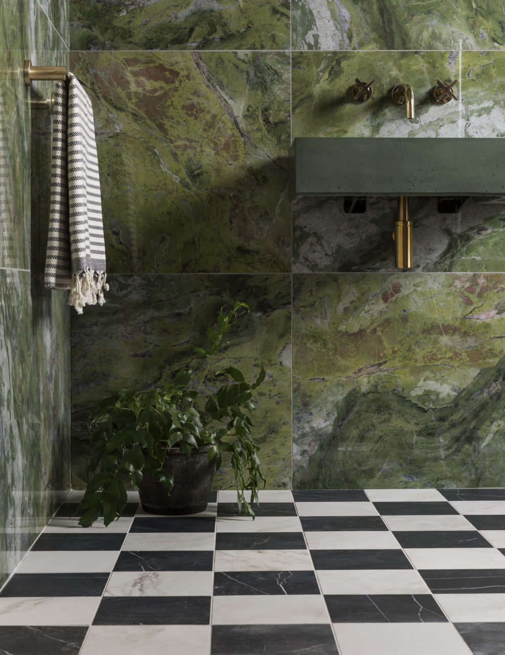 piazza-amber-matt-piazza-nero-matt-porcelain-bathroom-tiles